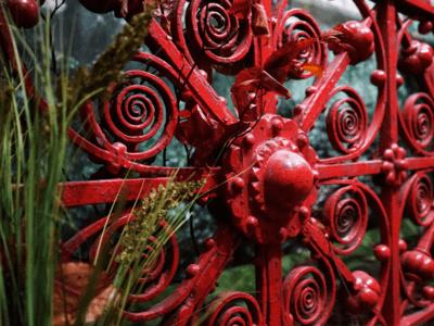 Red metal design