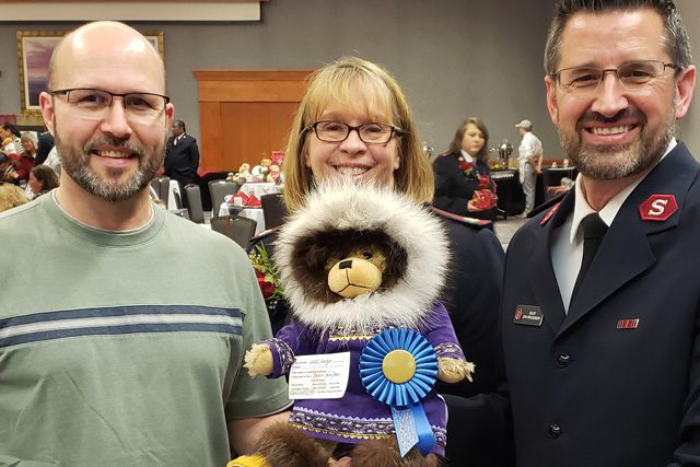 Teddy Bear Tea prize winner with blue ribbon